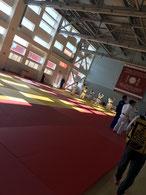 11日の練習風景 中国チームと同じ会場です。