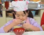 子ども料理教室のこだわり 家庭の味を築けるように