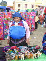 Marktfrau in Chamula für Touri-Zeugsl