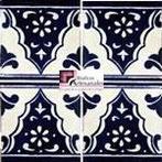 Azulejo Talavera modelo Sierra II en 10.5 x 10.5 cm, ideal para baños y cocinas mexicanas lo encuentras en Rústicos Artesanales visítanos en nuestra web www.rusticosartesanales.com