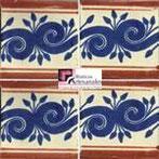 Azulejo Talavera modelo Greca Azul PlazaTerracota en 10.5 x 10.5 cm, ideal para baños y cocinas mexicanas lo encuentras en Rústicos Artesanales visítanos en nuestra web www.rusticosartesanales.com