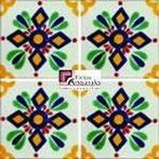 Azulejo Talavera modelo Zapopan en 10.5 x 10.5 cm, ideal para baños y cocinas mexicanas lo encuentras en Rústicos Artesanales visítanos en nuestra web www.rusticosartesanales.com