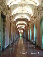 Jesi, Palazzo Pianetti - Galleria degli stucchi