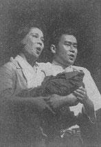 ふじ子と正輝の二重唱を歌う瀬野光子氏