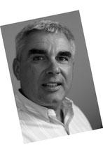 Bild zeigt Volker Müden im Profil in Schwarzweiß