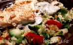 Feta in Sesamkruste auf Wintersalat