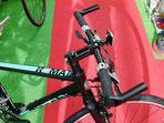 Bianchi ROMA2のように標準装備のクロスバイクもあります。