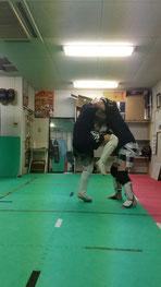 少林寺拳法、ボクシング経験者大募集。