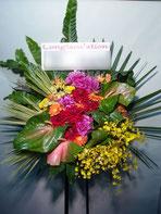 スタンド花・ロビー花(フラスタ)TOKYO FM HALLにお届け。おすすめのボリュームです。