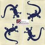 Azulejo Talavera modelo Lagartija Azul fondo Blanco Mexicano en 10.5 x 10.5 cm, ideal para baños y cocinas mexicanas lo encuentras en Rústicos Artesanales visítanos en nuestra web www.rusticosartesanales.com