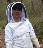 Julie Talbot de l'abeille villadéenne, apicultrice récoltante en Charente Maritime