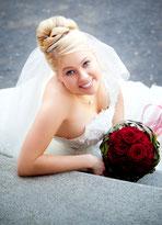 Hochzeit und Brautfrisur