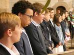 Les 9 jeunes en demande de confirmation, très recueillis dans l'a MAGNIFIQUE église St Jean-Baptiste.  MAGNIFIQUE engagement.
