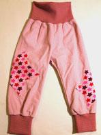 Lumpenprinzessin Babyhose aus Cord mit Bio-Stoff Sterne in rosa.Nach dem Schnitt von Klimperklein. Handarbeit Nähen. Genähtes hergestellt in Deutschland