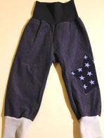 Lumpenprinzessin Babyhose aus Cord mit Bio-Stoff Sterne dunkelblau. Nach dem Schnitt von Klimperklein. Handarbeit Nähen. Genähtes hergestellt in Deutschland.