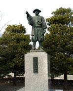 B.岡上景能公銅像