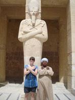 Osiris und Gefolge