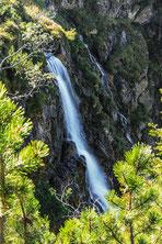 Toller Blick auf den Wasserfall des Unteren Gaisalpsees
