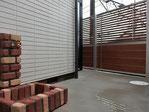 アルミフェンス、目隠しフェンス、木目調、立水栓、施工例