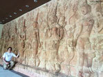 Seltene Reliefs (favorisiert in Holz oder Stein), wie hier in Siem Reap, Kambodscha