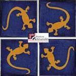 Azulejo Talavera modelo Lagartija Mostaza con Azul en 10.5 x 10.5 cm, ideal para baños y cocinas mexicanas lo encuentras en Rústicos Artesanales visítanos en nuestra web www.rusticosartesanales.com