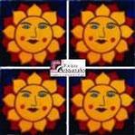 Azulejo Talavera modelo Sol Feliz en 10.5 x 10.5 cm, ideal para baños y cocinas mexicanas lo encuentras en Rústicos Artesanales visítanos en nuestra web www.rusticosartesanales.com