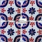 Azulejo Talavera modelo Madrid Azul con Terracota en 10.5 x 10.5 cm, ideal para baños y cocinas mexicanas lo encuentras en Rústicos Artesanales visítanos en nuestra web www.rusticosartesanales.com