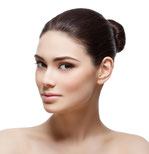 Haut-Faltenbehandlung mit BTX und Fillern- Fadenlift