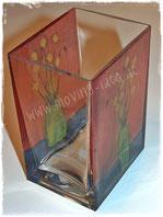 Blumenvasen mit Malerei und Fotografie