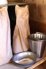 Zutaten, Mehl, Brot backen, Wasser