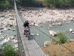 Népal en moto, road trip en royal enfield Népal