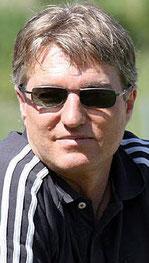 Roland Eckel: ließ Thomas Schnöll keine Chance
