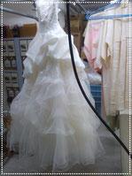 クリーニング工房ホワイトのウェデイングドレス洗い