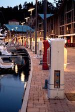 Torretas de suministro eléctrico para pantalanes