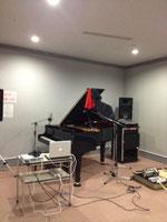 横浜市内某スタジオにて