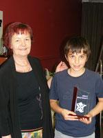 Antonin récompensé par Edmée GIRARDOT, Présidente du comité