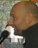 Florian bringt die Präsentationstechnik bei