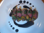 牛モモ肉のステーキ バルサミコソース