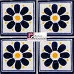 Azulejo Talavera modelo Daisy May Azul/Amarillo en 10.5 x 10.5 cm, ideal para baños y cocinas mexicanas lo encuentras en Rústicos Artesanales visítanos en nuestra web www.rusticosartesanales.com