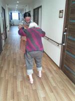 爪先歩き練習