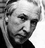 Hans J Wegner (1915-2007)