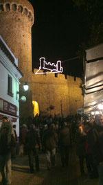 El castillo de Tossa de Mar de noche