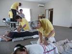 原発避難者仮設住宅でのボランティア治療(会津若松市)