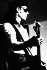 Gitarren-Patenschaft von The Edge und Andy Summers