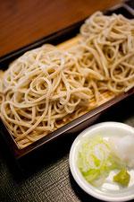 日本 ざる蕎麦と薬味