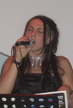 Christina Stur (vocal)