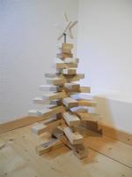 --STOR--Mittlerer Weihnachtsbaum aus Palettenholz