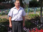 Директор школы Ф.Харисов посвятил свою жизнь детям