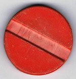 Autoscooter-Fahrchip ??? dickerer Chip rot mit Mulde ohne Beschriftung