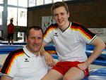 Trainer O.Schmidt mit Sohn Daniel